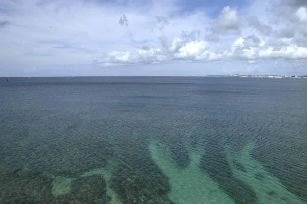 Okinawa_ginowan_bay_a